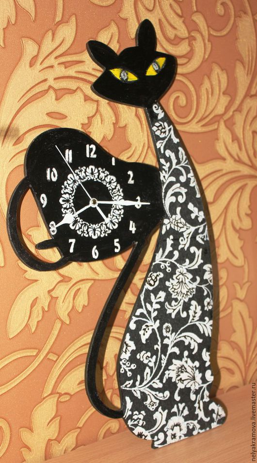 """Часы для дома ручной работы. Ярмарка Мастеров - ручная работа. Купить Часы """"Влюбленный кот"""". Handmade. Часы настенные"""