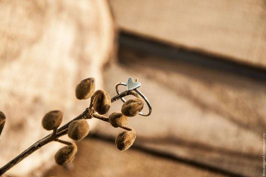 Кольца ручной работы. Ярмарка Мастеров - ручная работа. Купить Маленькое, но большое сердце - кольцо из серебра. Handmade. Серый, сердечко