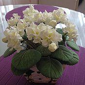 Цветы и флористика ручной работы. Ярмарка Мастеров - ручная работа Фиалка из фоамирана. Handmade.