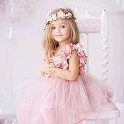Работы для детей, ручной работы. Ярмарка Мастеров - ручная работа Фатиновое пышное платье с цветами для девочки.праздничное платье. Handmade.