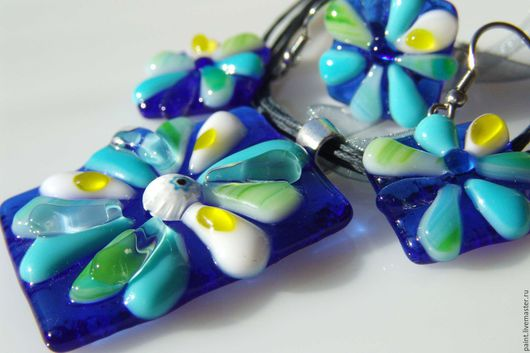 Jewelry Sets handmade. Livemaster - handmade. Buy Set of glass ornaments Bright sky. Fusing jewelry.Gifts