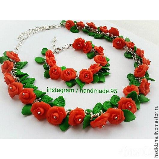 Комплект `Алые розы` из запекаемой полимерной глины.