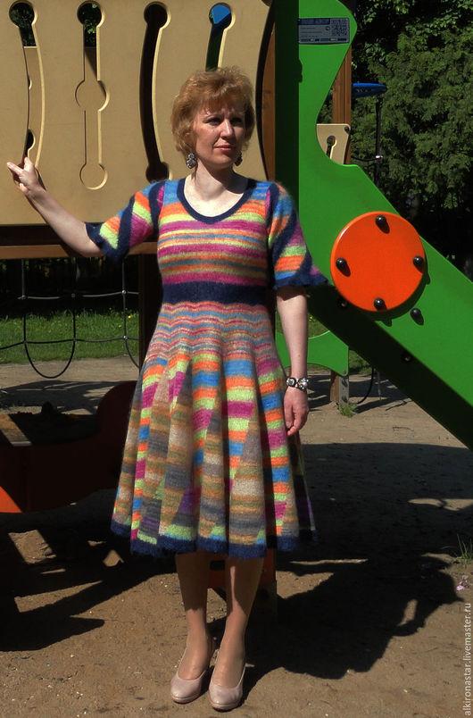 Платья ручной работы. Ярмарка Мастеров - ручная работа. Купить Вязаное  платье Rainbow из мохера. Handmade. Платье вязаное цветное