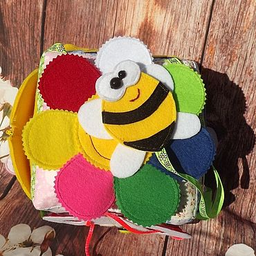 Куклы и игрушки. Ярмарка Мастеров - ручная работа Игры: развивающий кубик. Handmade.