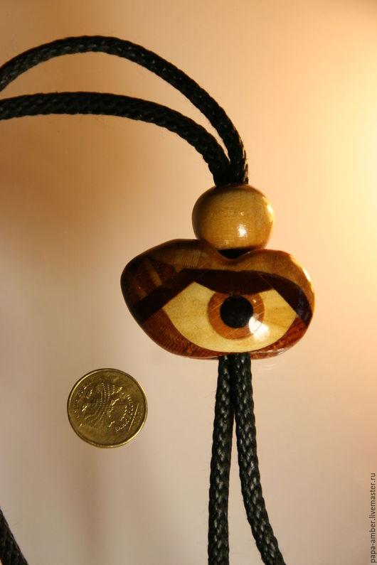 Кулоны, подвески ручной работы. Ярмарка Мастеров - ручная работа. Купить Глаз от сглаза. Галстук-боло. Handmade. Оранжевый, дерево