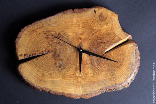 Часы для дома ручной работы. Ярмарка Мастеров - ручная работа. Купить Часы из дерева, (дуб). Handmade. Коричневый, декоративные элементы