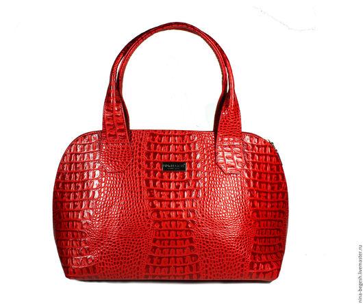 """Женские сумки ручной работы. Ярмарка Мастеров - ручная работа. Купить Сумка кожаная """"Клубничная"""", кожаная сумка. Handmade."""