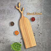 Посуда handmade. Livemaster - original item Cutting board made of oak long branch. Free shipping. Handmade.