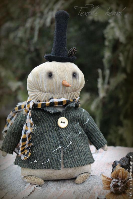 Куклы и игрушки ручной работы. Ярмарка Мастеров - ручная работа. Купить Снеговик. Handmade. Тёмно-зелёный, зимняя сказка, textileheart