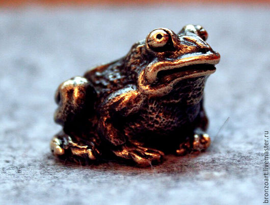 Персональные подарки ручной работы. Ярмарка Мастеров - ручная работа. Купить Жаба лягушка статуэтка фигурка миниатюра бронзовая денежная. Handmade.