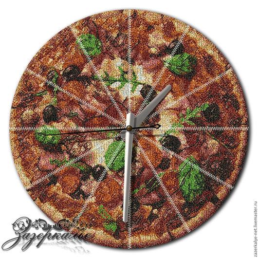 """Часы для дома ручной работы. Ярмарка Мастеров - ручная работа. Купить Кухонные часы """"Пицца"""", техника Фотостежок. Handmade. Комбинированный"""