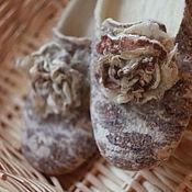 Обувь ручной работы. Ярмарка Мастеров - ручная работа Тапочки валяные с узором. Handmade.