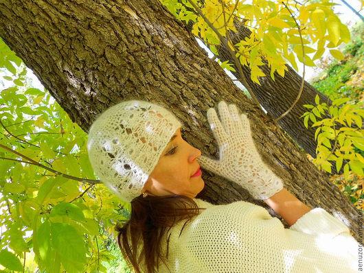 Шапки ручной работы. Ярмарка Мастеров - ручная работа. Купить комплект Шапочка, перчатки из козьего пуха. Handmade. Белый