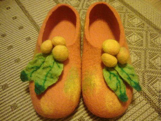 Обувь ручной работы. Ярмарка Мастеров - ручная работа. Купить тапочки валяные Яблочки китайки.. Handmade. Рыжий, осень