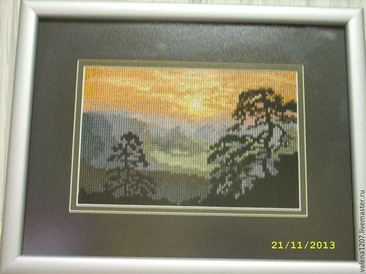 """Пейзаж ручной работы. Ярмарка Мастеров - ручная работа. Купить Картина вышитая крестом """"На закате"""". Handmade. Картина в подарок"""