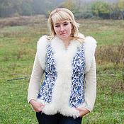Одежда ручной работы. Ярмарка Мастеров - ручная работа Жилетка из овчины «Снегурочка» с длинношерстной овчиной. Handmade.