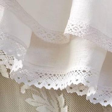 Одежда ручной работы. Ярмарка Мастеров - ручная работа Нижняя, короткая, молочная юбка отделанная хлопковым кружевом. Handmade.