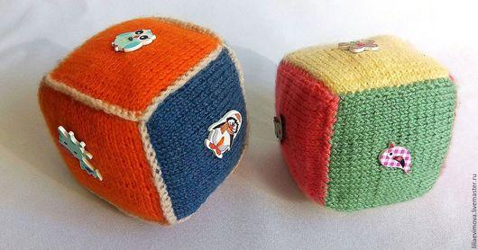 """Развивающие игрушки ручной работы. Ярмарка Мастеров - ручная работа. Купить Кубики развивающие""""Птицы, животные"""". Handmade. Рыжий, деревянные пуговицы"""
