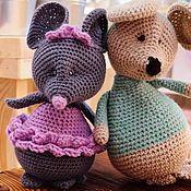 Мягкие игрушки ручной работы. Ярмарка Мастеров - ручная работа Мягкие игрушки: Вязаные вручную мышки. Handmade.