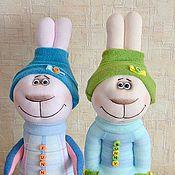 """Куклы и игрушки ручной работы. Ярмарка Мастеров - ручная работа Игрушка из носка """"Зайчики весенние"""" (для Ксении). Handmade."""