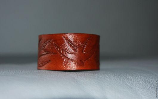 Браслеты ручной работы. Ярмарка Мастеров - ручная работа. Купить кожаный браслет. Handmade. Коричневый, кожаный браслет, гравировка по коже
