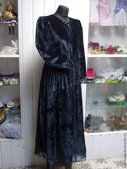 Верхняя одежда ручной работы. Ярмарка Мастеров - ручная работа. Купить Бархатное пальто с кружевом. Handmade. Тёмно-зелёный