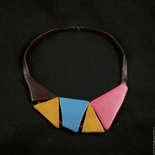 Колье, бусы ручной работы. Ярмарка Мастеров - ручная работа. Купить Оригинальное геометрическое колье из натуральной кожи разных цветов. Handmade.