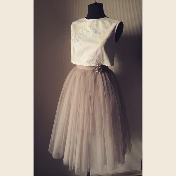 Топик и пышная юбка