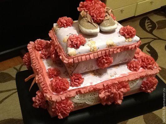 Подарки для новорожденных, ручной работы. Ярмарка Мастеров - ручная работа. Купить Торт из памперсов. Handmade. Подарок новорожденному, памперсы, памперсы