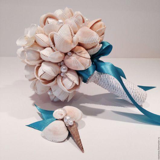 """Свадебные цветы ручной работы. Ярмарка Мастеров - ручная работа. Купить Букет из ракушек """"Нежный"""" и бутоньерка. Handmade. Букет из ракушек"""