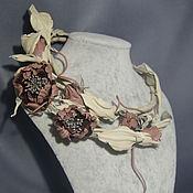 Украшения ручной работы. Ярмарка Мастеров - ручная работа Колье из кожи Пыльная роза в пудре. Handmade.