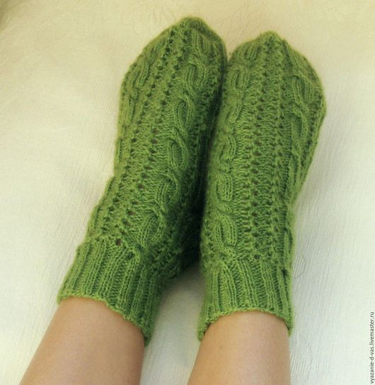 Носки, Чулки ручной работы. Ярмарка Мастеров - ручная работа. Купить Носки вязаные женские  зеленые. Handmade. Носки