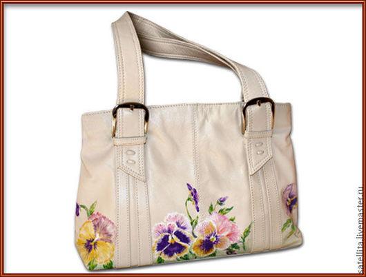 """Женские сумки ручной работы. Ярмарка Мастеров - ручная работа. Купить Кожаная женская сумка """"Виола"""". Handmade. Бежевый, цветочный"""