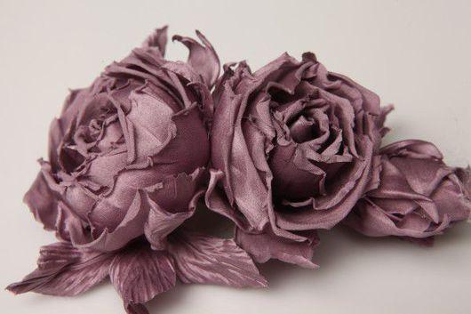 Броши ручной работы. Ярмарка Мастеров - ручная работа. Купить Лиловые розы. Handmade. Розы из ткани, розы из шелка