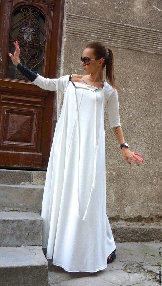 Платье белое в пол макси на молнии дизайнерское платье в стиле гранж свободный стиль