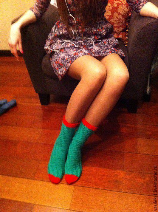 Носки, Чулки ручной работы. Ярмарка Мастеров - ручная работа. Купить Спиральные носки. Handmade. Зеленый, носки ручной работы