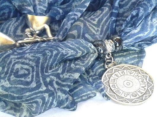 """Колье, бусы ручной работы. Ярмарка Мастеров - ручная работа. Купить Колье """"Время Джинс"""". Handmade. Синий, итальянский шелк"""