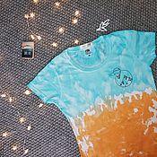 Футболки ручной работы. Ярмарка Мастеров - ручная работа Хлопковая футболка в технике тайдай с ручной вышивкой. Handmade.