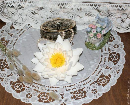 """Заколки ручной работы. Ярмарка Мастеров - ручная работа. Купить """"Водяная лилия"""" Заколка из фоамирана. Handmade. Белый, лилия"""