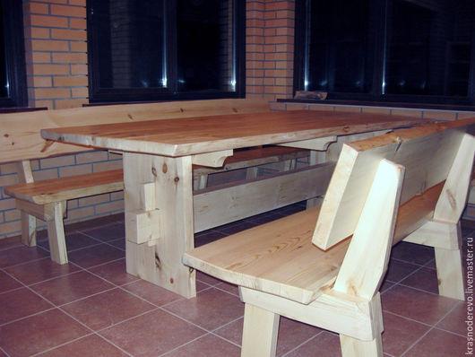 стол с лавками для дачной кухни
