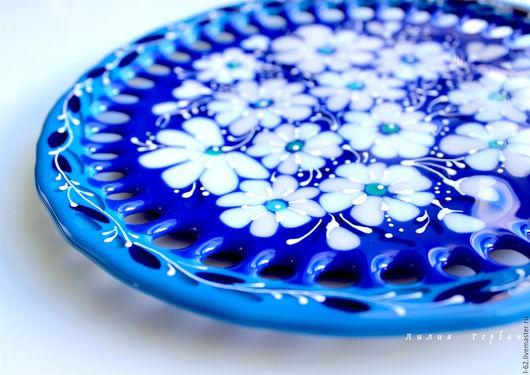 Тарелки ручной работы. Ярмарка Мастеров - ручная работа. Купить тарелка из стекла, фьюзинг  Падал первый снег. Handmade. Синий