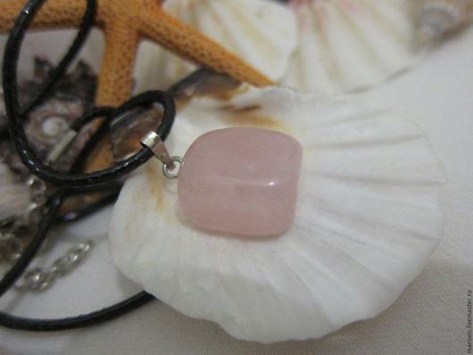 """Кулоны, подвески ручной работы. Ярмарка Мастеров - ручная работа. Купить Кулон """"Сейнис"""" (розовый кварц). Handmade. Бледно-розовый"""