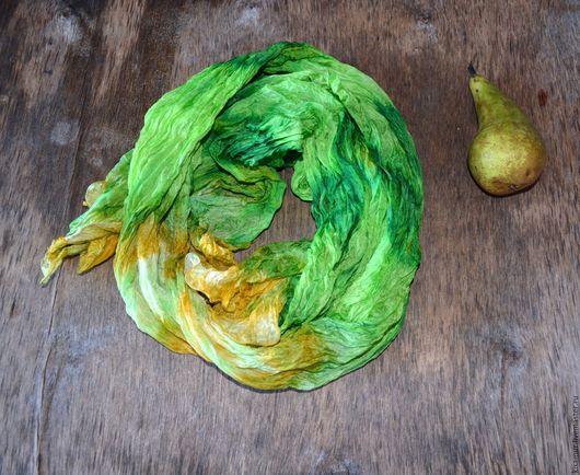 Шали, палантины ручной работы. Ярмарка Мастеров - ручная работа. Купить шёлковый шарф сочно зеленый со светло жёлтым шёлк эксельсиор. Handmade.