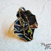 Украшения ручной работы. Ярмарка Мастеров - ручная работа серебряное кольцо с хризолитами. Handmade.