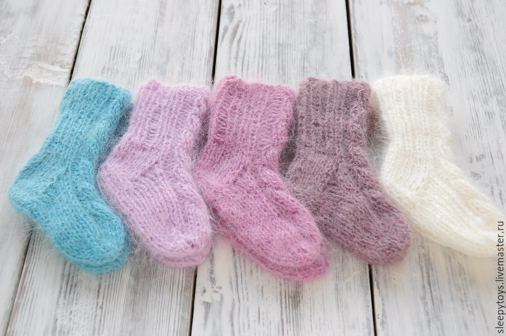 Носочки вязаные из ангоры для новорожденных – купить в ...