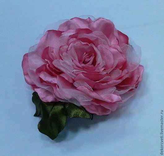 Цветы ручной работы. Ярмарка Мастеров - ручная работа. Купить Цветок из ткани ручной работы Роза. Handmade. Белый, бисер