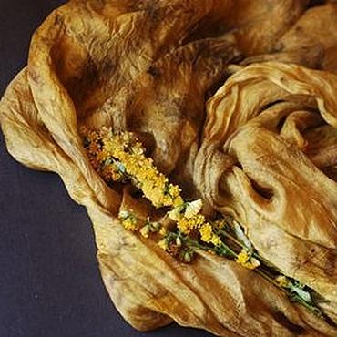 """Аксессуары ручной работы. Ярмарка Мастеров - ручная работа Шарфик шелковый """"Темное золото"""", экопринт. Handmade."""