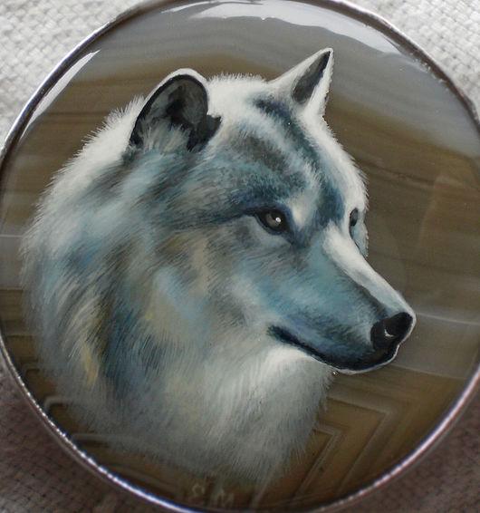 """Кулоны, подвески ручной работы. Ярмарка Мастеров - ручная работа. Купить Кулон """"Лунный волк"""". Handmade. Лаковая миниатюра, лак"""