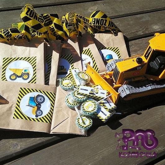 Крафт-пакеты для сувениров гостям, леденцы и шоколадки