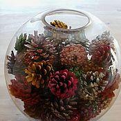 Вазы ручной работы. Ярмарка Мастеров - ручная работа Вазы: Разноцветные шишки в вазе. Handmade.